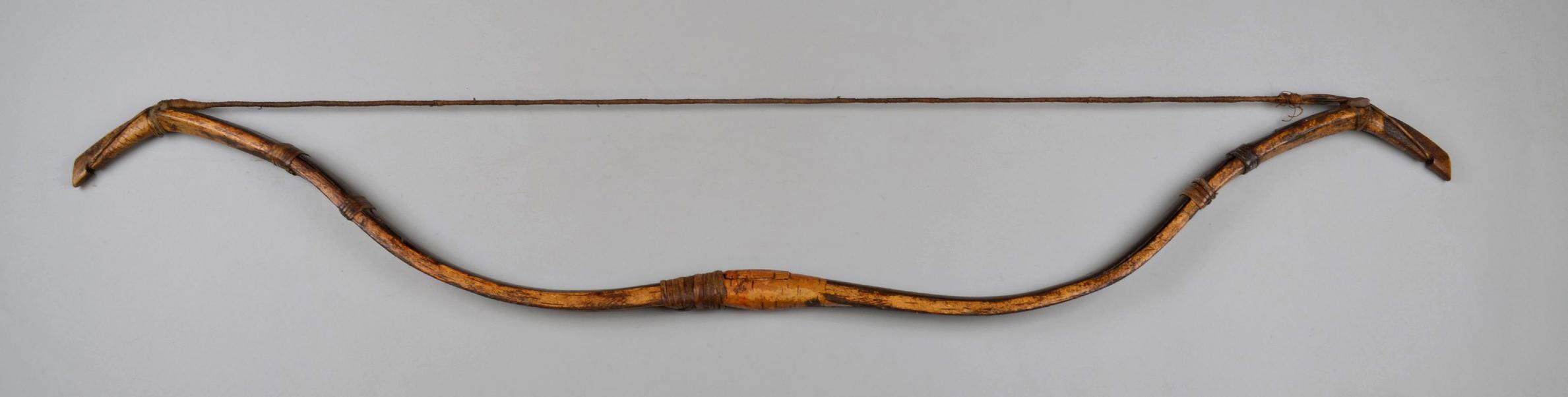 Bashkir bow from British Museum, presumably 19th century.